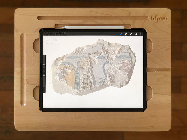 Wooden Canvas Smart Board Drawing Desk for the new (2018) iPad Pro 12.9-inch